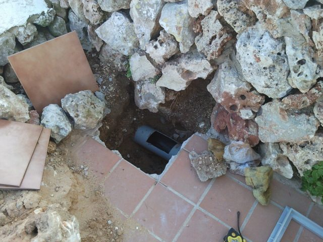 Small whole required to get to leak, Menorca