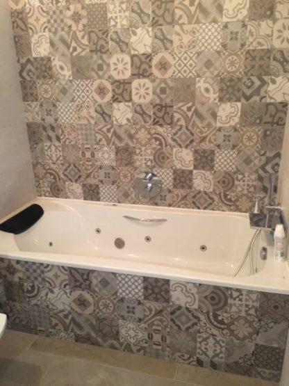 bath tiling